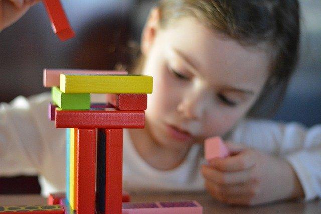 dřevěné dětské kostky